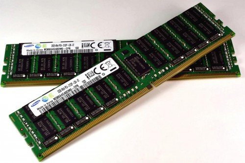 2 платы оперативной памяти