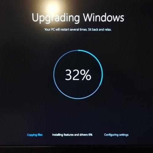 Обновление Windows остановилось на 32%