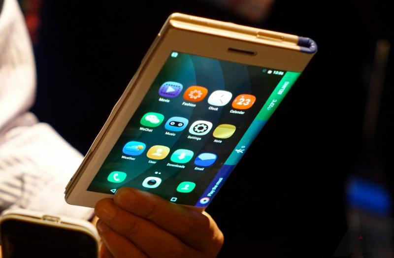 Royole сгибаемый смартфон