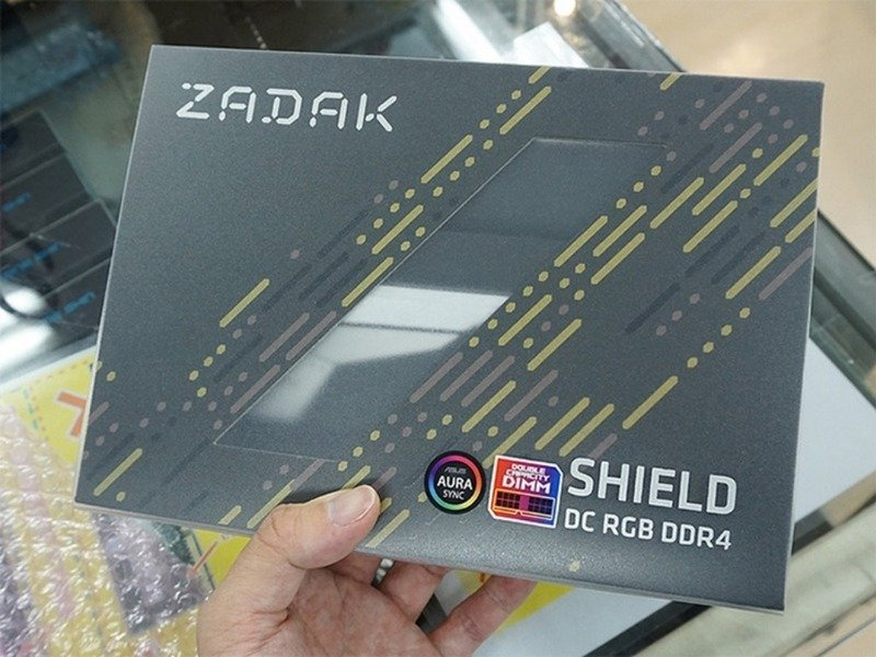 Shield DC RGB DDR4
