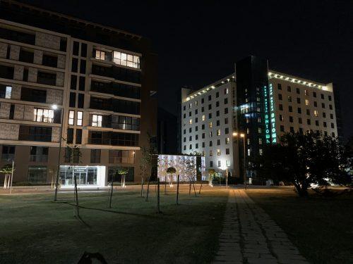 Фото зданий на iPhone Xs