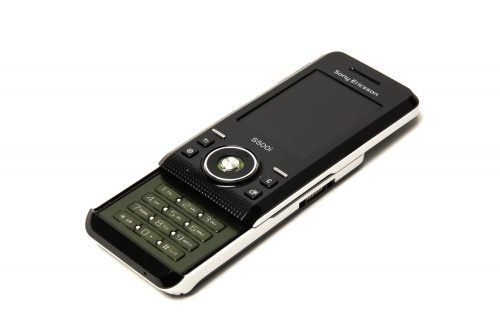популярные кнопочные телефоны сони эриксон