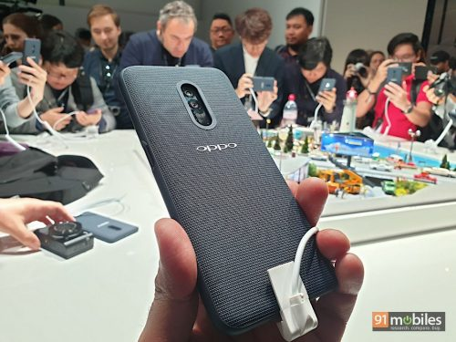 смартфон с 10-кратным оптическим зумом