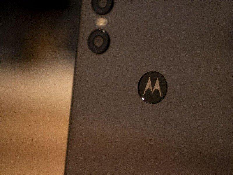 Смартфон Motorola One Vision