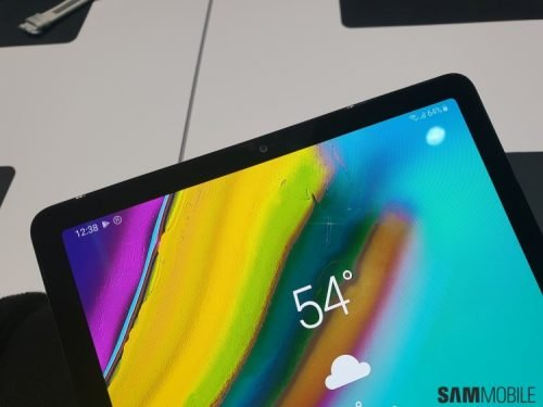 У Galaxy Tab S5e