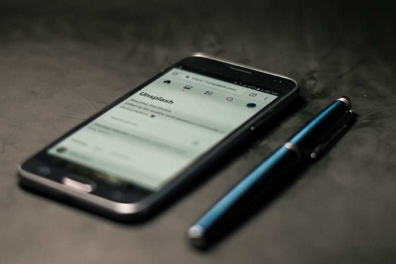Телефон и стилус