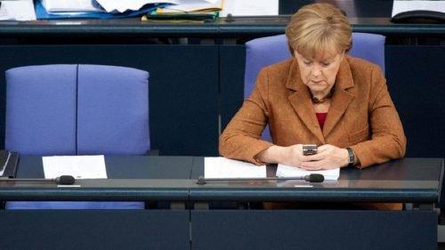 Какой телефон у Ангелы Меркель